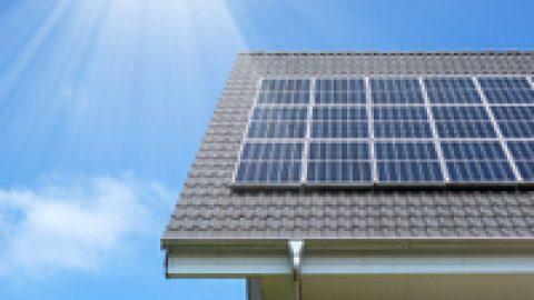 10.000 geförderte Solarstromspeicher – StromAuskunft