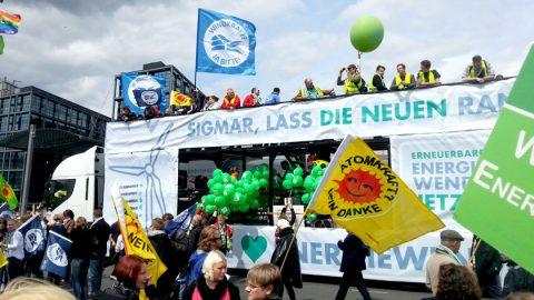 Impressionen von der Energiewende-Demo in Berlin
