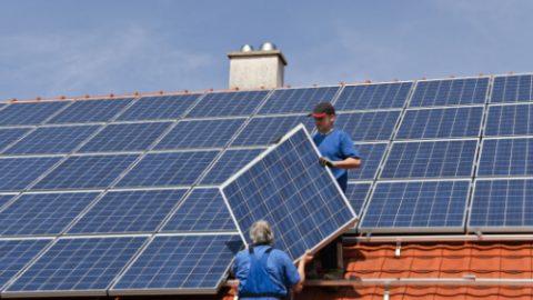 Kafkaeske Solarpolitik: Einmal Audi vernichtet