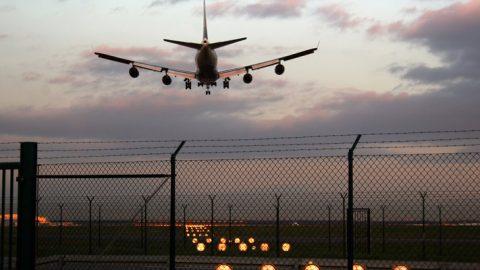 So kann Minister Dobrindt in sein Luftverkehrskonzept Klimaschutz einbauen