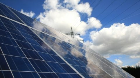 Goldener Oktober bringt Solarstrom-Spitzen