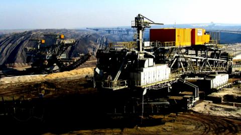25 Jahre nach Mauerfall: Zerstörte Stromwirtschaft im Westen