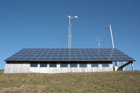 Praxisbericht aus dem Allgäu: Kleine Windkraftanlage für die private Energiewende