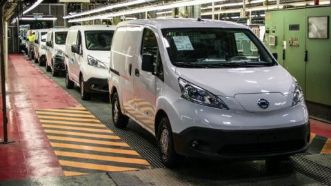 Nissan startet Produktion des e-NV200 in Barcelona