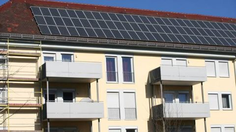 Forschung adressiert Brandrisiken bei Solar-Batterien