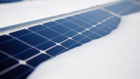 Photovoltaik im Winter: Schützen Sie Ihre Module vor Schnee und Eis