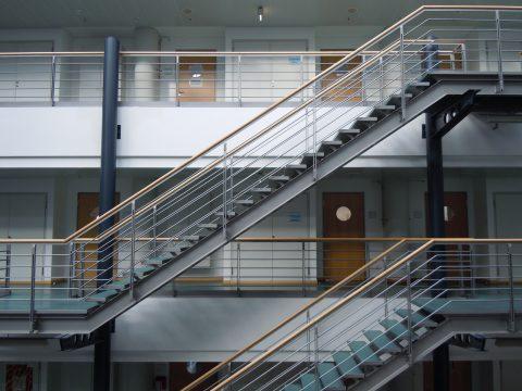 Einfluss der Beschäftigten auf den Stromverbrauch eines Bürogebäudes