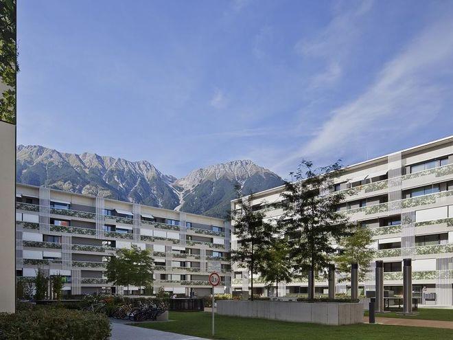 Das Lodenareal der Neuen Heimat Tirol in Innsbruck wurde im Passivhausstandard errichtet. Foto: NHT