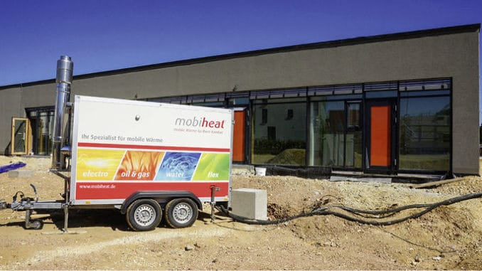 Mobile Heizzentralen kommen etwa bei der Estrichtrocknung zum Einsatz. Foto: Mobiheat