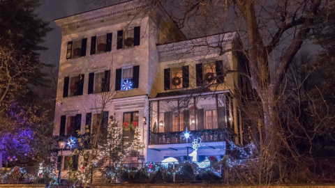 16 Milliarden Lämpchen leuchten zu Weihnachten in den Haushalten